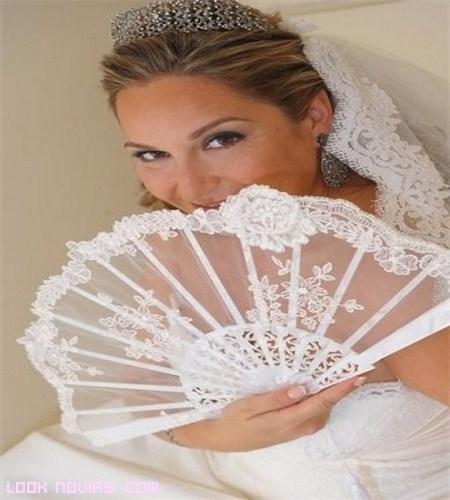 Abanicos para novias coquetas