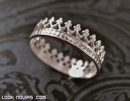 Siéntete como una reina gracias a estos anillos