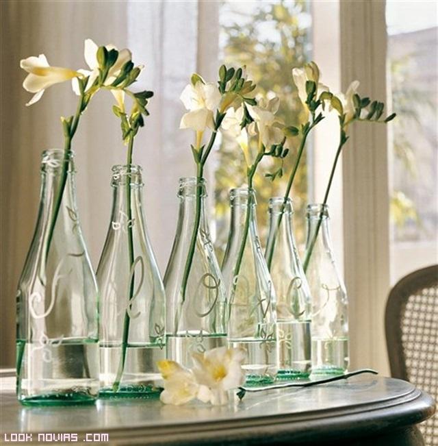 Centros de mesa en cristal los m s usados for Mesa cristal y dorado