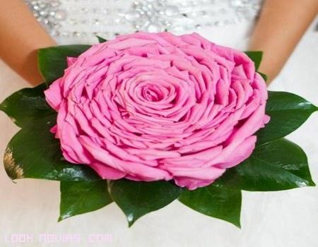 Resultado de imagen de ramos con una sola flor