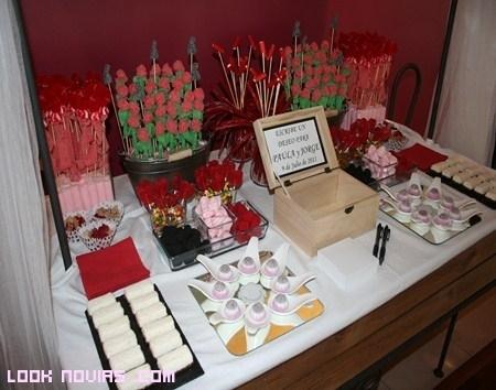 Buffet de postres, otra idea dulce para tu boda