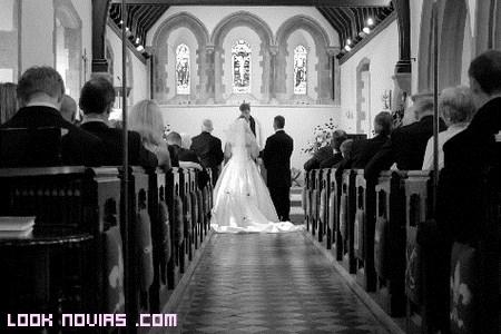 Colocación en ceremonias religiosas según el protocolo