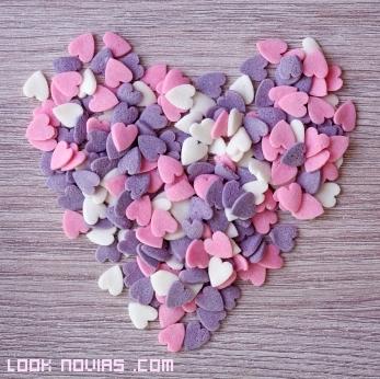 Confeti en forma de corazón