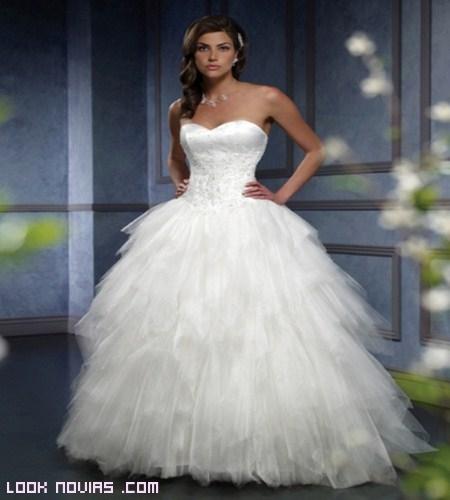 Faldas de novia con volumen