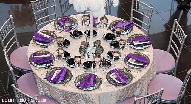 manteles en púrpura