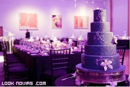 Pasteles de boda en color malva