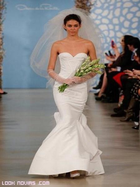 vestido corte sirena en blanco