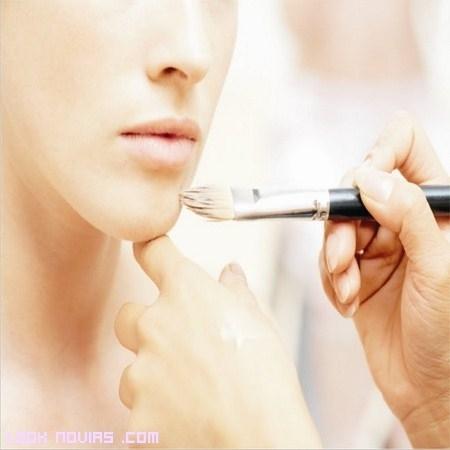 Errores a evitar en el maquillaje de novia