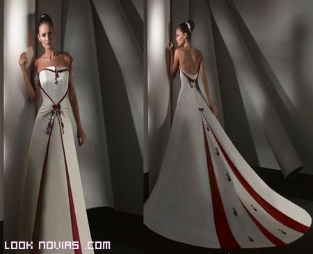 Vestidos de novia con cola