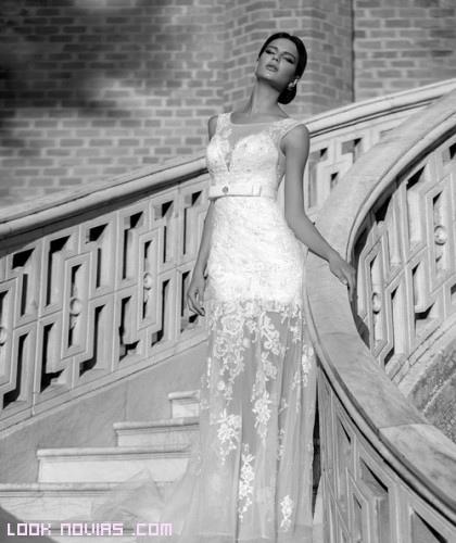 Vestidos transparentes para novias elegantes