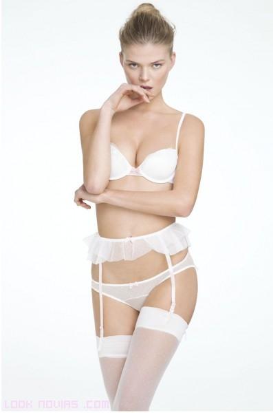 ligueros sencillos en color blanco