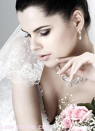 maquillaje ahumado para novias