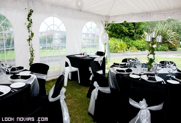 decoración en negro para bodas