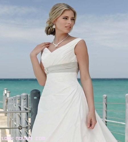 vestidos de novia con complementos