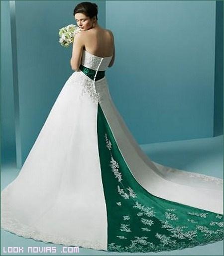 Vestidos de novia color verdes