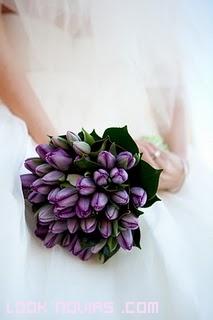 Ramos con flores cerradas para novias