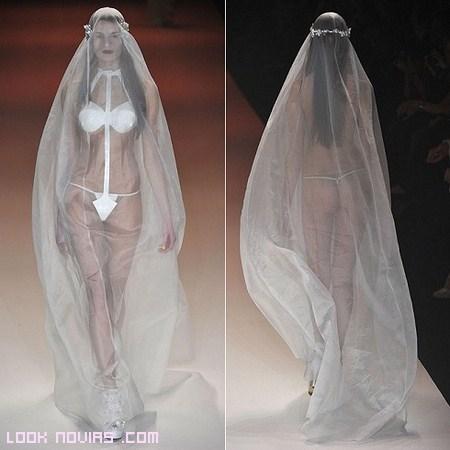 El escándalo hecho vestido de novia