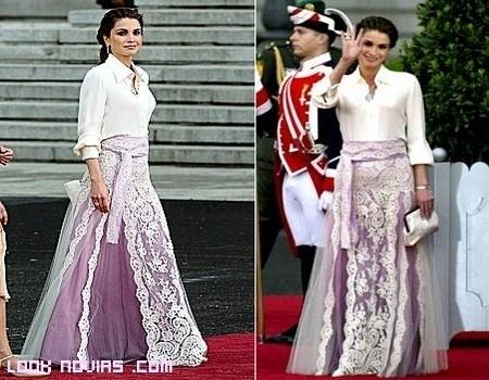 Rania de Jordania y sus vestidos