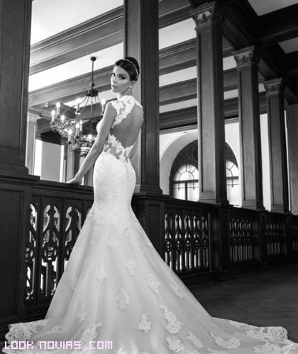 Escotes con bordados para novias