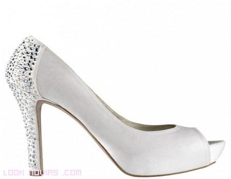 Zapatos Pura López para novias