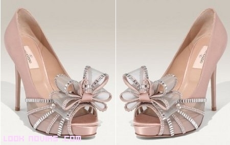 Zapatos Valentino para invitadas y novia