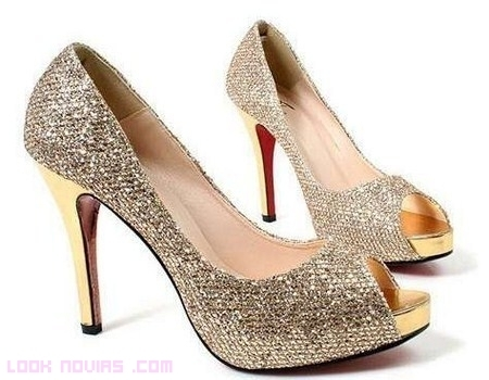 zapatos de novia con lentejuelas - foro moda nupcial - bodas.mx