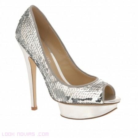 Zapatos de novia con lentejuelas - Foro Moda Nupcial - bodas.com.mx dcf96bc05b5