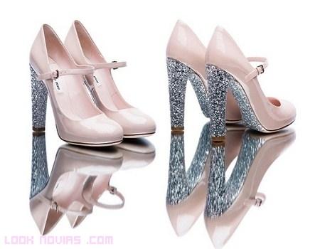 Zapatos deslumbrantes Miu Miu para boda