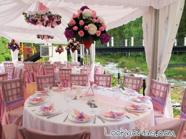 boda sencilla en color rosa