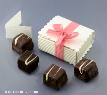 Un regalo dulce para invitados
