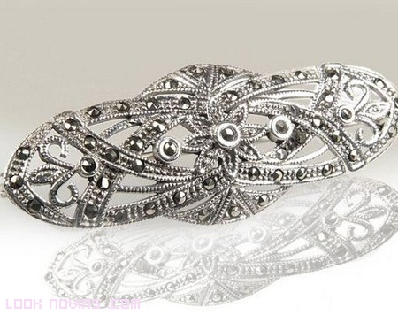 broches para recoger colas de novias