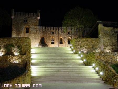 Boda romántica en un castillo