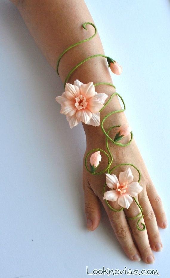 corsage mano y brazo