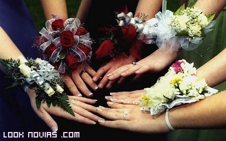 flores brazalete