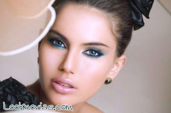 Tres ideas de maquillaje para invitadas a todo color