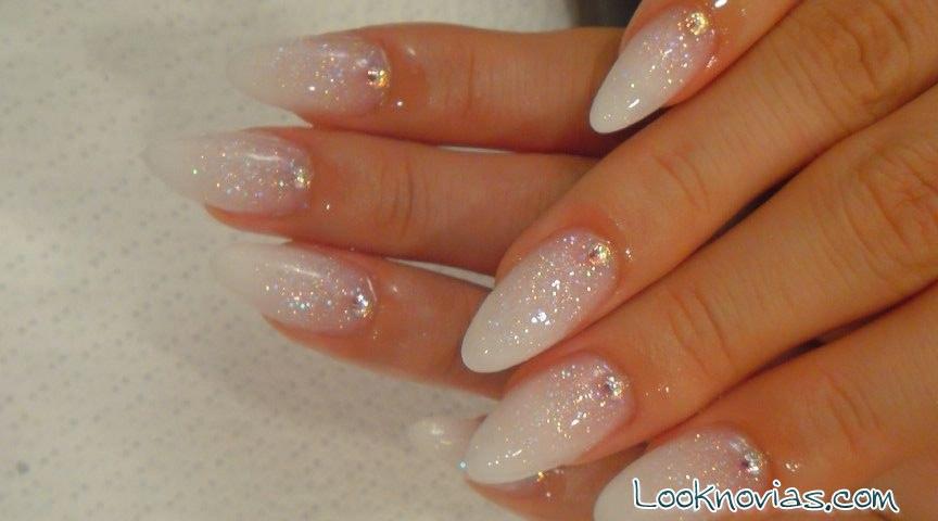 nail art sencillo para boda