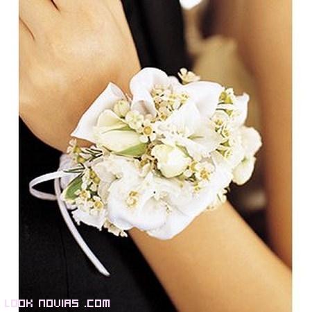 corsage para damas de honor y novias