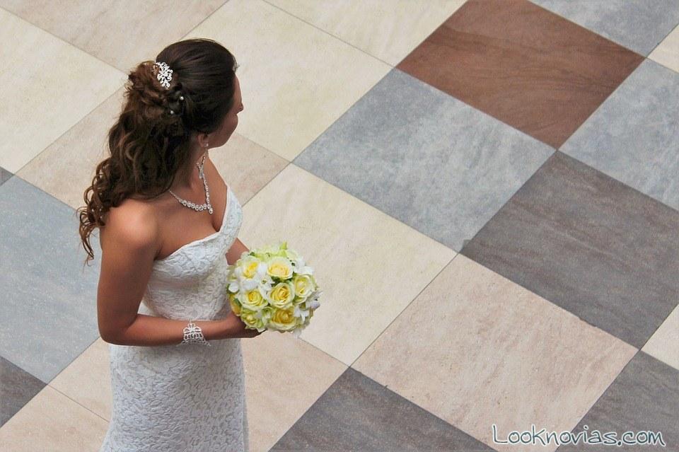ramo blanco crema para novia