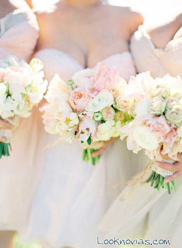 ramos en colores pastel para novias