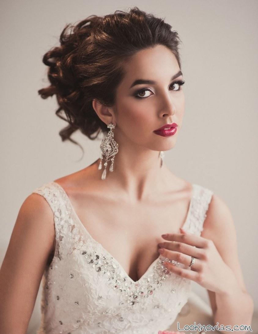 recogidos con volumen y ondas with peinados novia romanticos