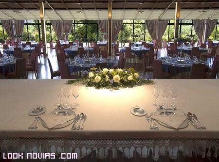 banquete de bodas en castillo
