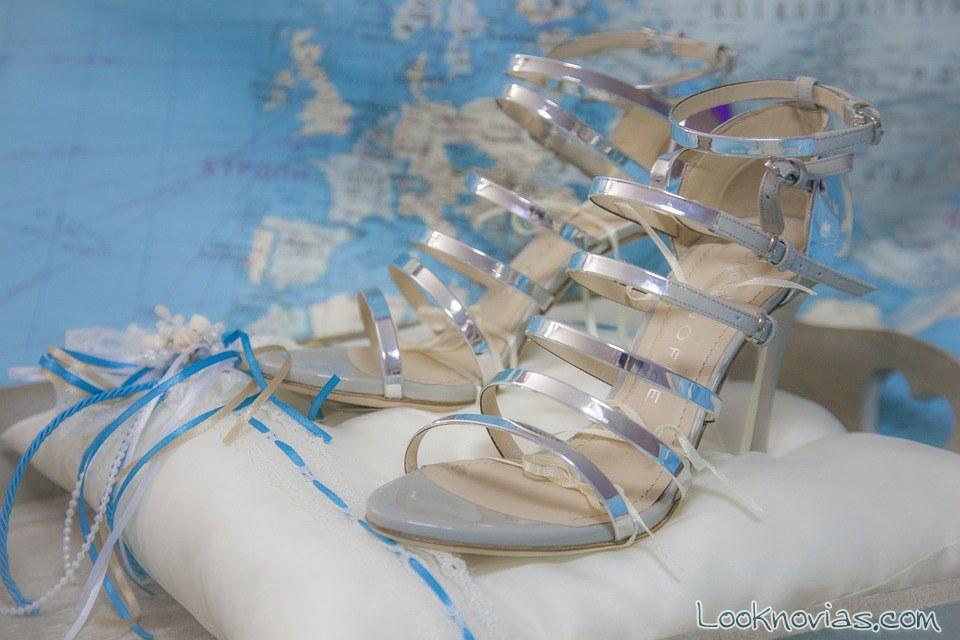 sandalias novias en cojín