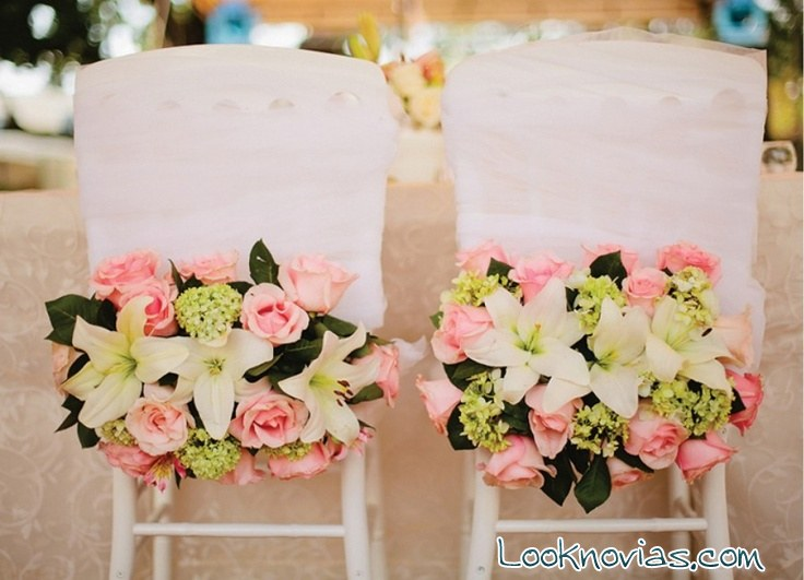 Decora las sillas de tu boda con rosas for Budas decoracion interior
