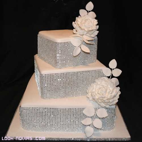 tartas nupciales en color blanco
