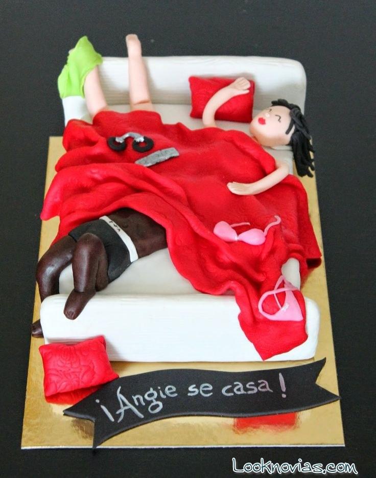 tarta despedida cama