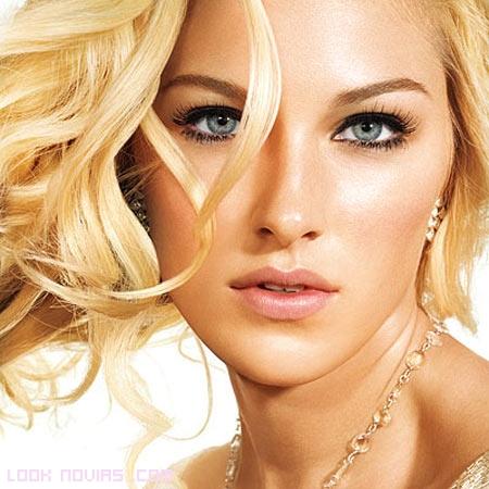 ojos y labios marcados para novias 2012