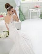 Preciosos y delicados vestidos para novia