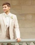 Trajes modernos para el novio de Allure Men