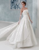Increíbles vestidos para novia de Toi Spose