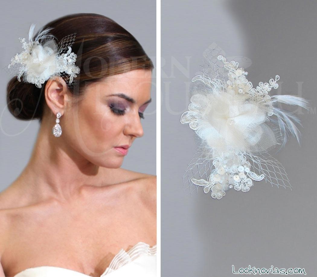 tocados con plumas para novia